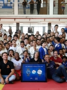 蓄力愛心 鼓勵前行  巴西足球傳奇卡福祝賀IWC萬國表勞倫斯兒童繪畫大賽獲獎者