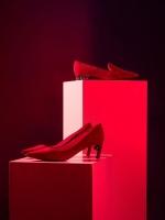 英国鞋履品牌Nicholas Kirkwood推出中国新年限量系列