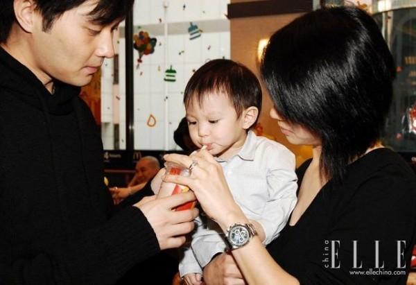 曾经不被看好的袁咏仪张智霖,怎么?#32479;?#23601;了这个神仙家庭?