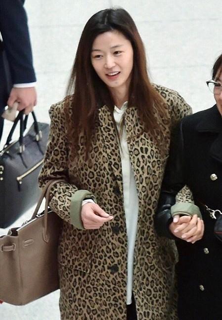 38岁全智贤素颜美、36岁刘仁娜童颜……她们冻龄的秘密是什么?