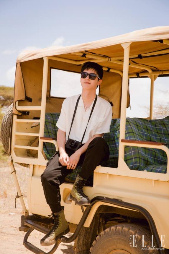 蒂芙尼携手刘昊然共赴非洲肯尼亚——寻迹自然 为保护野生大象发声