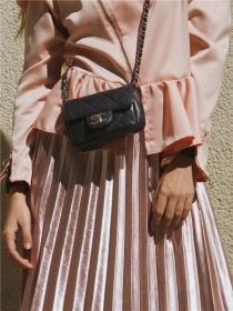 粉色+荷叶边是什么神仙组合?