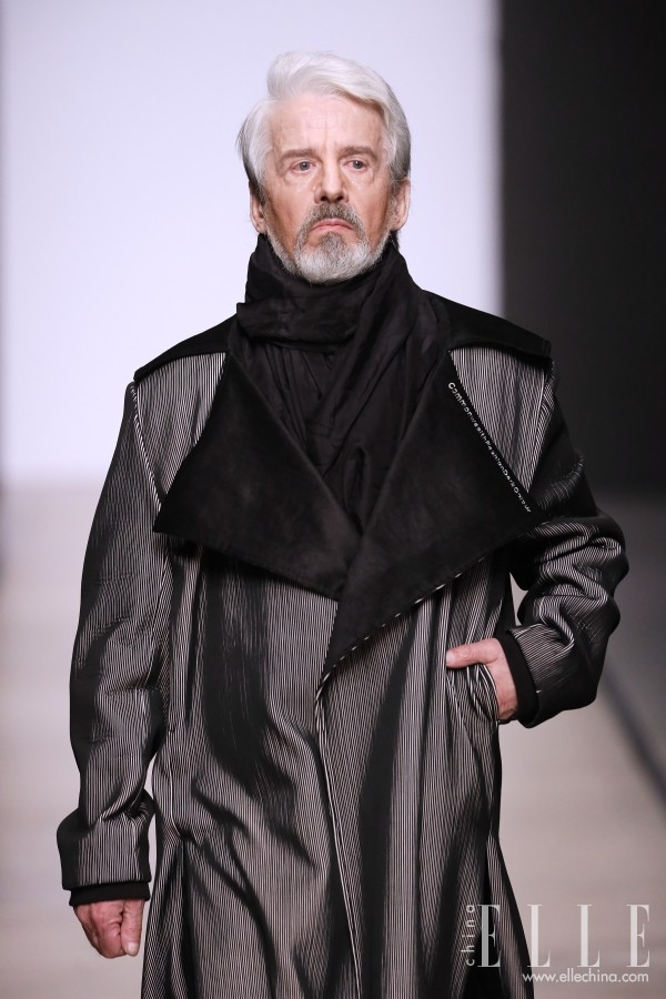 梅赛德斯-奔驰俄罗斯时装周:开启莫斯特银发时代