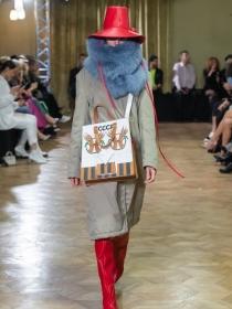 梅赛德斯-奔驰俄罗斯时装周:在博物馆办秀的Alexander Arutyunov